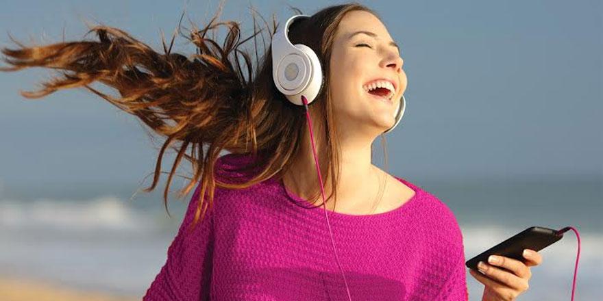 Kuzey Kıbrıs Turkcell'den konser ve müzik ziyafeti