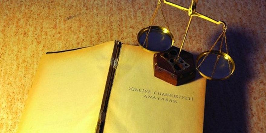 Türkiye'de Sistem mi, Rejim mi Değişiyor?
