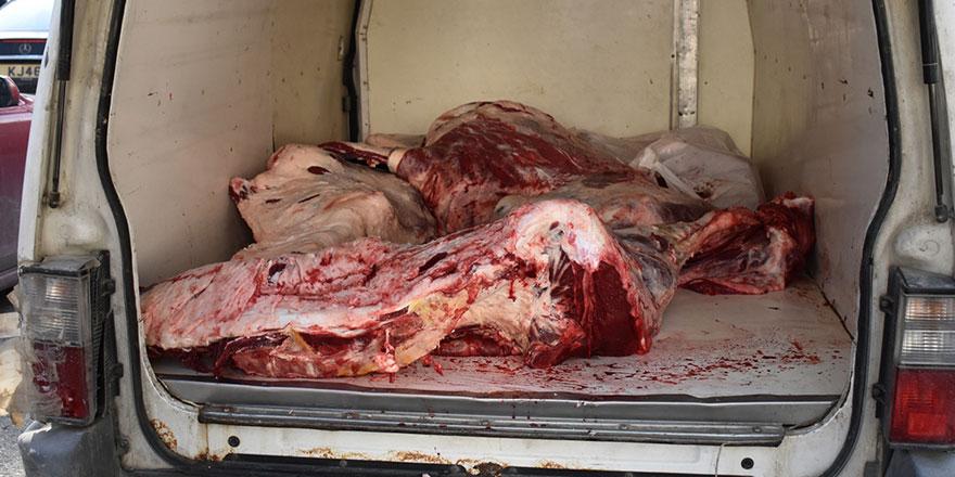 Yaklaşık 350 kilo mühürsüz et ele geçirildi...