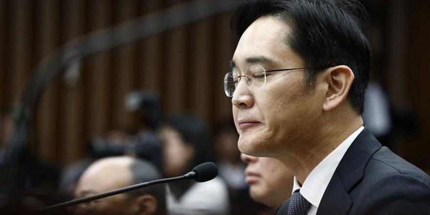 Samsung genel müdürü yolsuzluktan tutuklandı