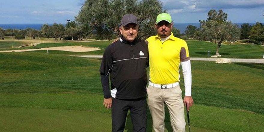 Çavuşoğlu'nun görüşme öncesi golf keyfi