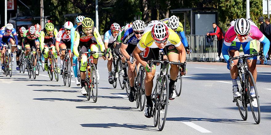 Pedaller geleneksel yarışta dönecek