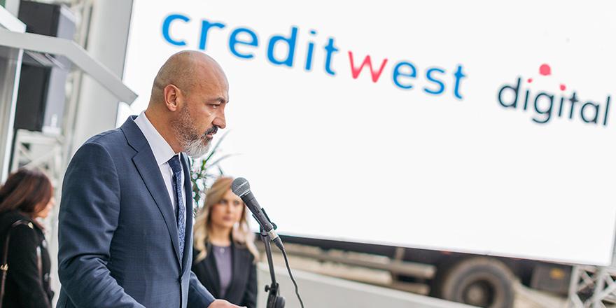 Creditwest, Kıbrıs'ta dijital bankacılığı başlattı