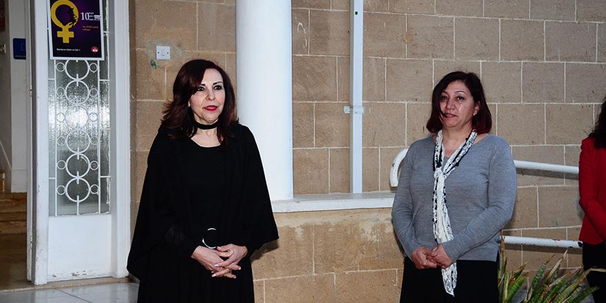 """""""Kadın Gözüyle Kadın"""" fotoğraf sergisi açıldı"""
