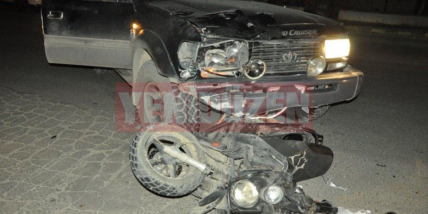 Yine kaza, motor sürücüsü yaralandı!