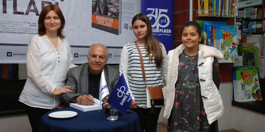 Şah, kitabını Deniz Plaza'da tanıttı