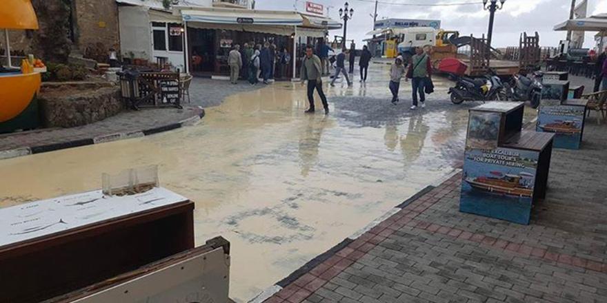 Limanda bu kez çamur sorunu