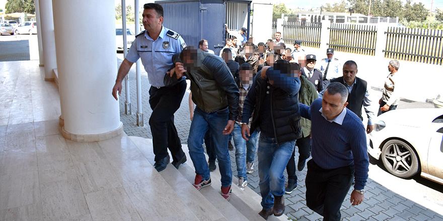Mülteciler, sınır dışı edilecek