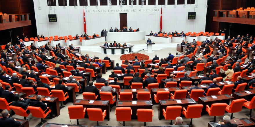 Türkiye'de OHAL 3 ay uzatıldı