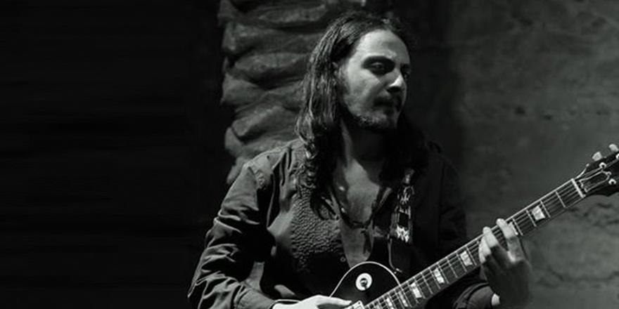 Olcay Gündoğar: Gitarımı elime aldığım ilk gün hayatım değişti