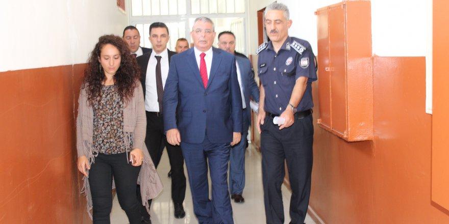 İçişleri Bakanı Evren, cezaevindeki Madde Bağımlılığını Önleme Eğitimine katıldı