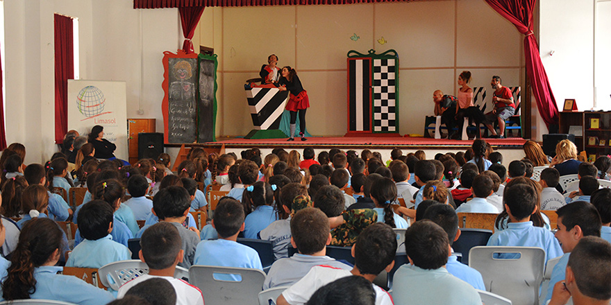 5 yılda 27 bin çocuk tiyatroyla buluştu