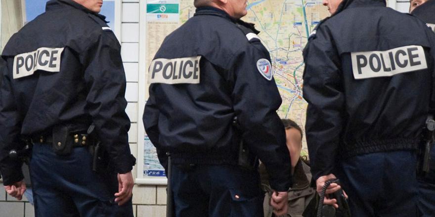 Kıbrıs Rum polisine AB üniforması