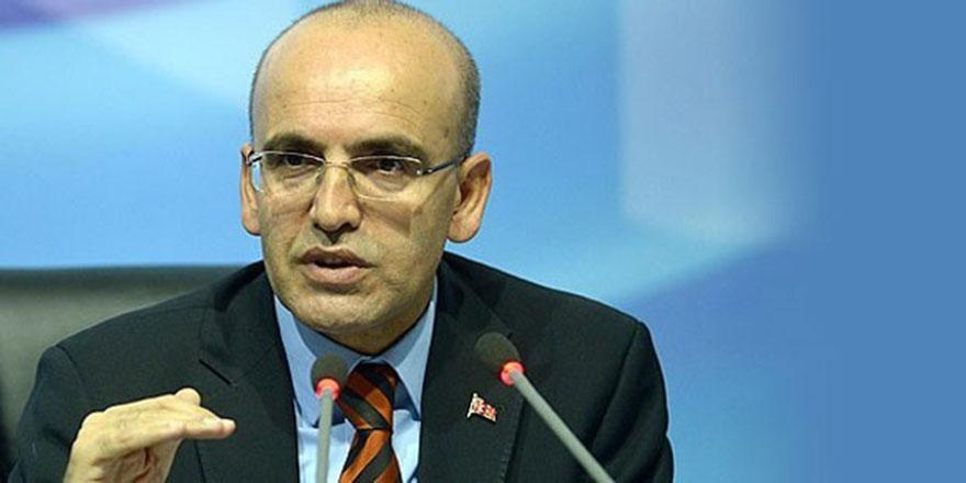 Mehmet Şimşek KKTC'ye geldi