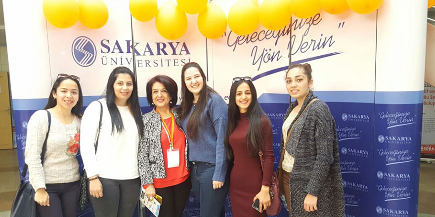 UFÜ öğrencileri Sakarya'da sempozyuma katıldı