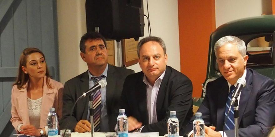 'Kıbrıs'ı ve halklarını yeniden birleştirecek bir anlaşma sağlanmalı'