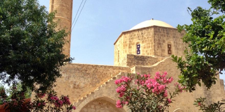 Güney'deki tarihi camilere koruma çalışması