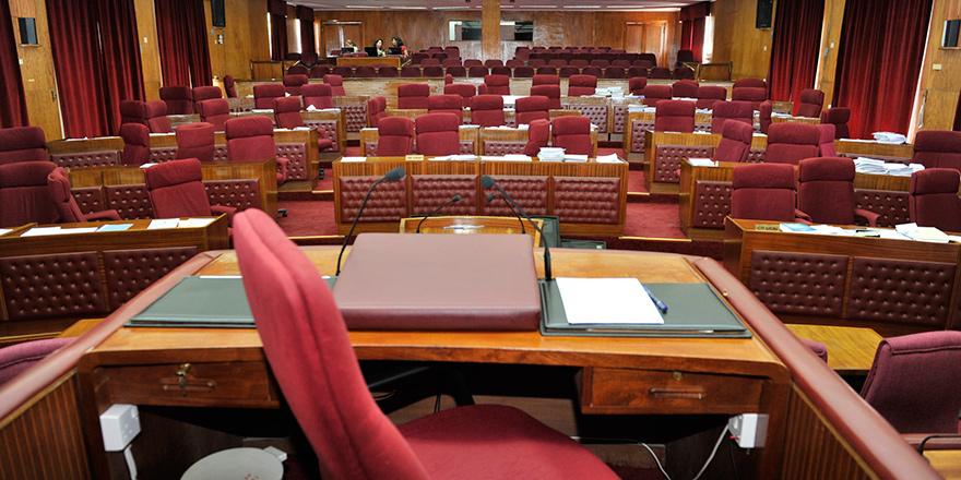 Meclis'te gündem 3 yasa ve raporlar