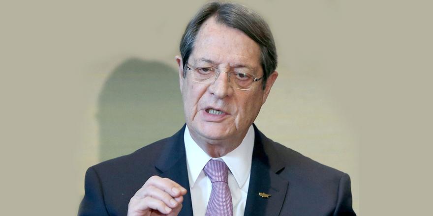 """""""Kıbrıs normal bir devlet haline  gelmeli"""""""