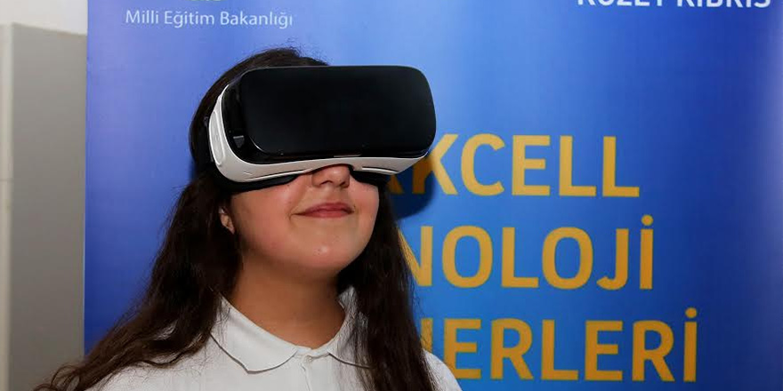 Öğrenciler 'dijital değişim' sürecini izledi