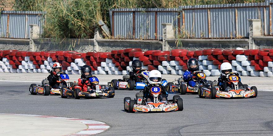 Karting'de heyecanlı yarışlar yaşandı
