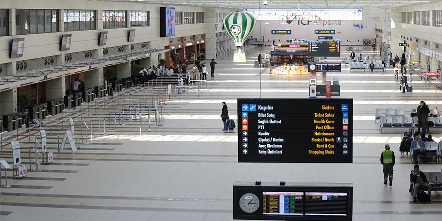 KKTC'den sahte pasaportla çıktılar, Türkiye'de yakalandılar