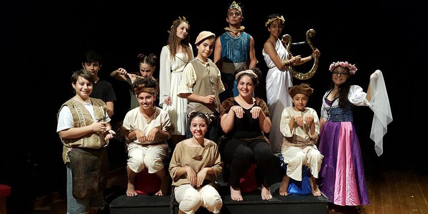 """""""Midas'ın Kulakları"""" oyunu Çatalköy'de…"""