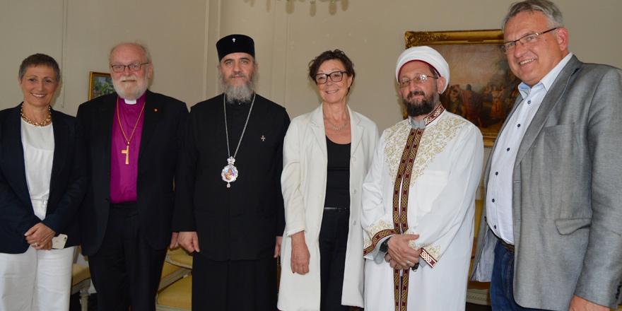 Kıbrıs'taki dini liderler 'barış' için çalışıyor