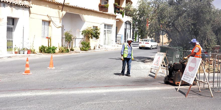 Lefkoşa'da asfaltlandırma çalışmaları ertelendi