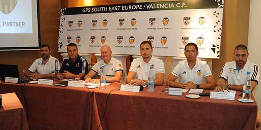 Valencia Kıbrıs'ta akademi açtı