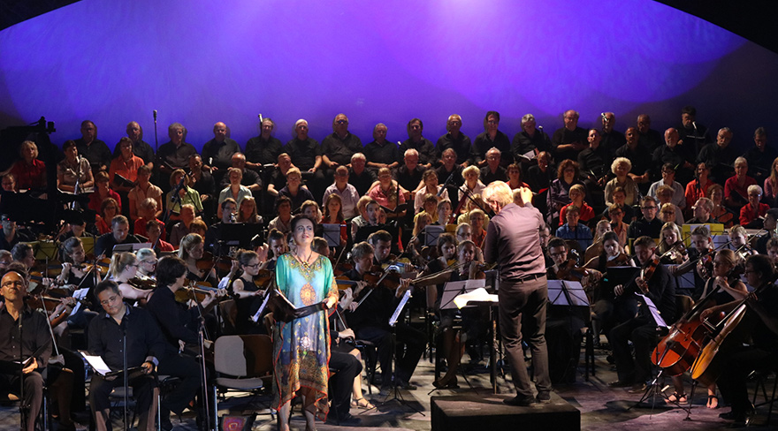 Salamis'te büyüleyici performans