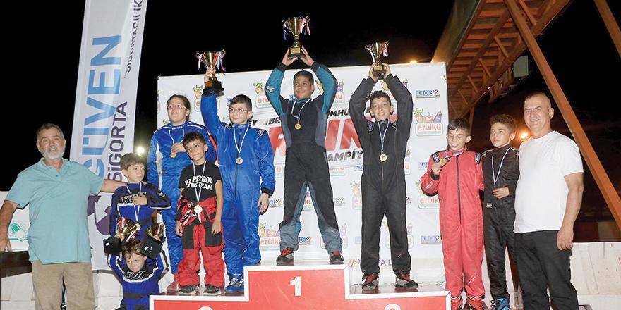 Gece yarışına rekor katılım