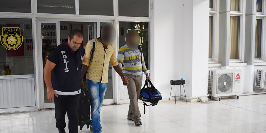 Sri Lankalı mülteciler ülkelerine gönderildi…