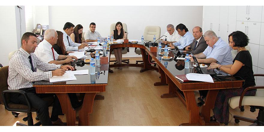 Meclis hukuk komitesi toplandı