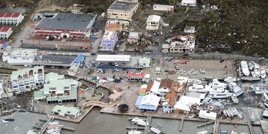 İki Karayip adası tamamen yerle bir oldu