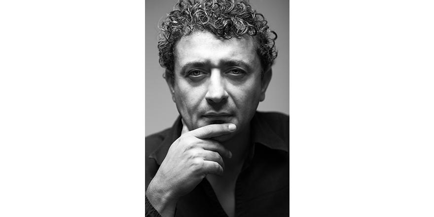 DAÜ Öğretim Üyesi Doç. Dr. Senih Çavuşoğlu'na büyük onur