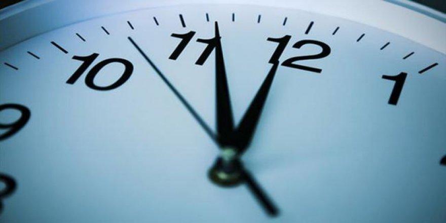 Albayrak: Yaz saati devam edecek