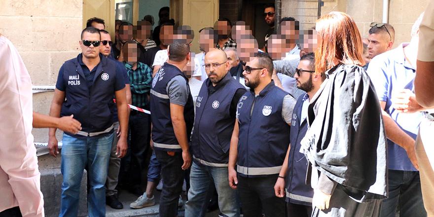 'Sanal kumar'dan 10 tutuklu!