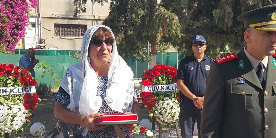 Cenaze töreninde tek bir devlet yetkilisi yoktu…