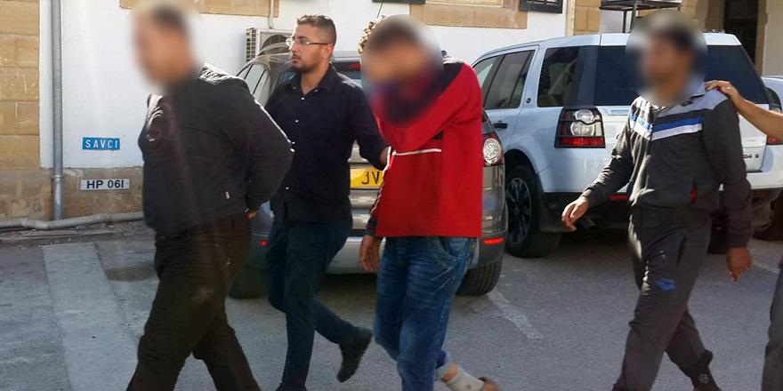 14 mülteci tutuklandı