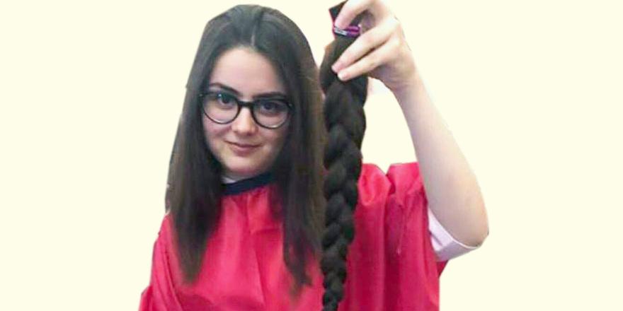 Ceyda saçlarını kanser hastalarına bağışladı