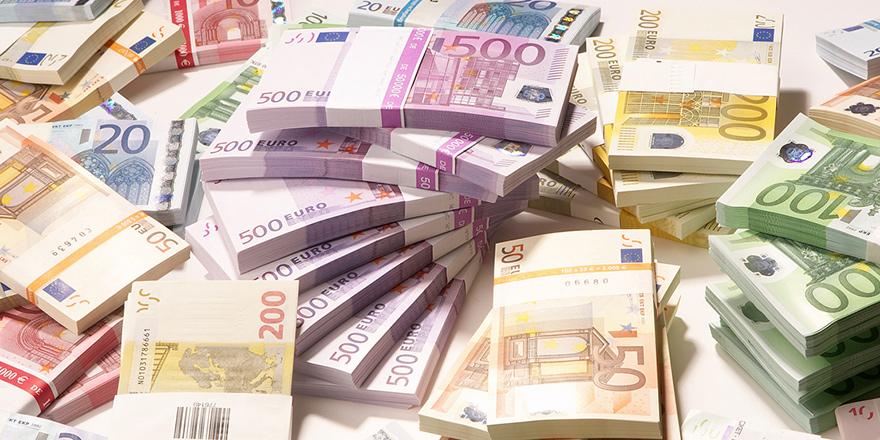 """""""Kıbrıs Bankası 4 milyar Euro'luk krediyi satışa çıkarıyor"""""""