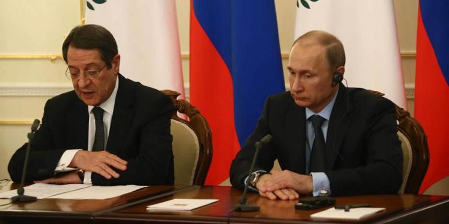 Anastasiades Putin'le görüşecek