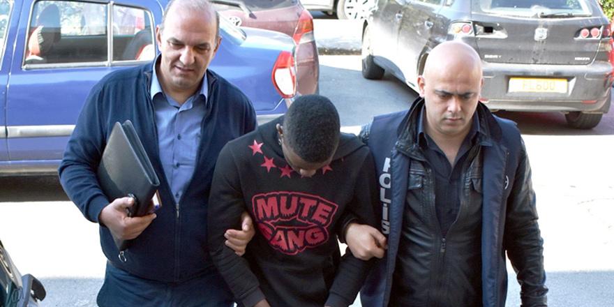 4 yıl hapis cezasına mahkum edildi...