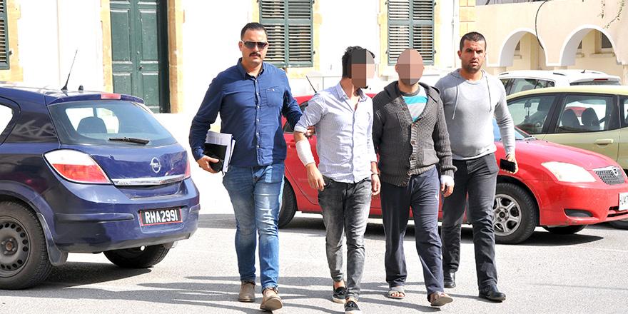 Lefkoşa'da kavga: 12 kişi daha aranıyor