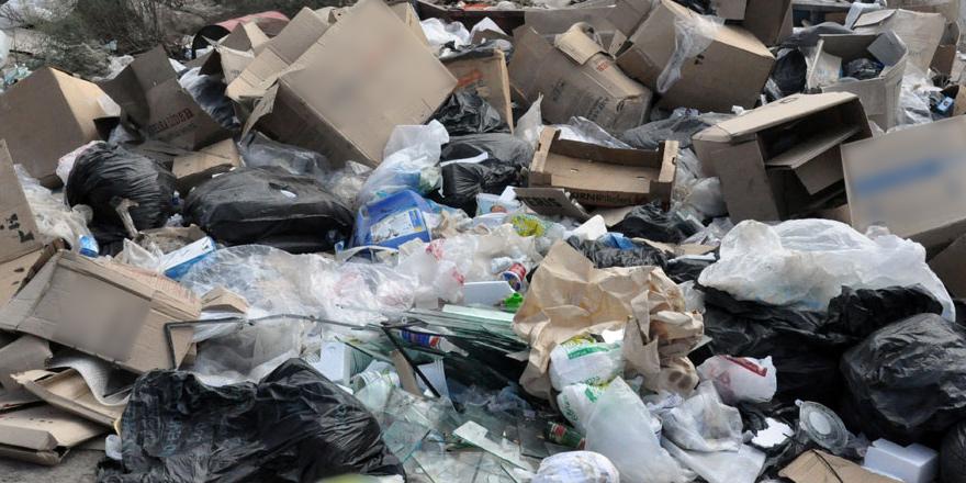 Güney Kıbrıs'ta çöplükte şarjör bulundu