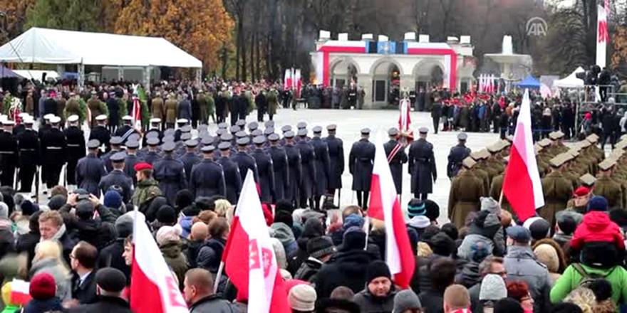 Polonya, bağımsızlığının 99. yılını kutladı