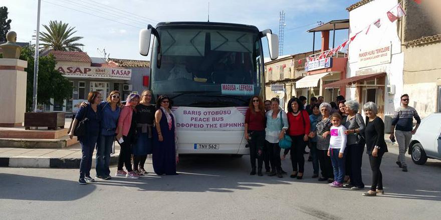 """Kadınların """"Barış Otobüsü"""" yeniden yollarda…"""