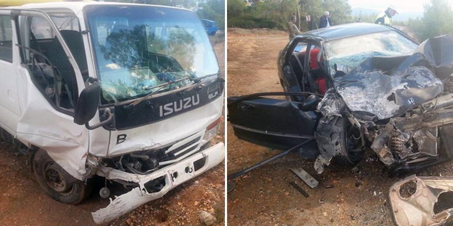 Kalkanlı-Çamlıbel yolunda kaza: 4 kişi yaralandı!