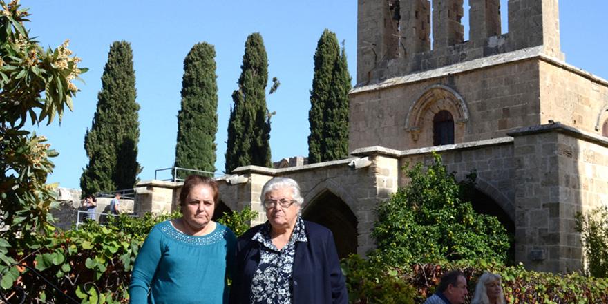 Bellapais Manastırı'nda SERVİLERİN ÖYKÜSÜ